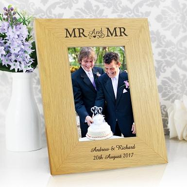 Personalised Oak Finish 6x4 Mr & Mr Photo Frame