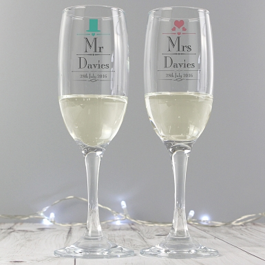 Personalised Decorative Wedding Mr & Mrs Pair of Flutes with Gift Box